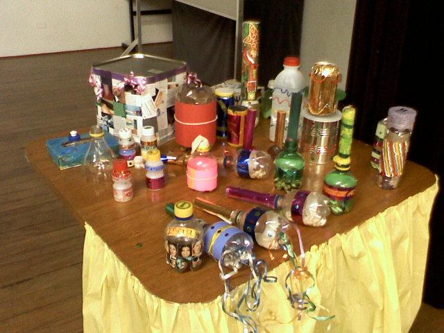Instrumentos musicais de material reciclado 07