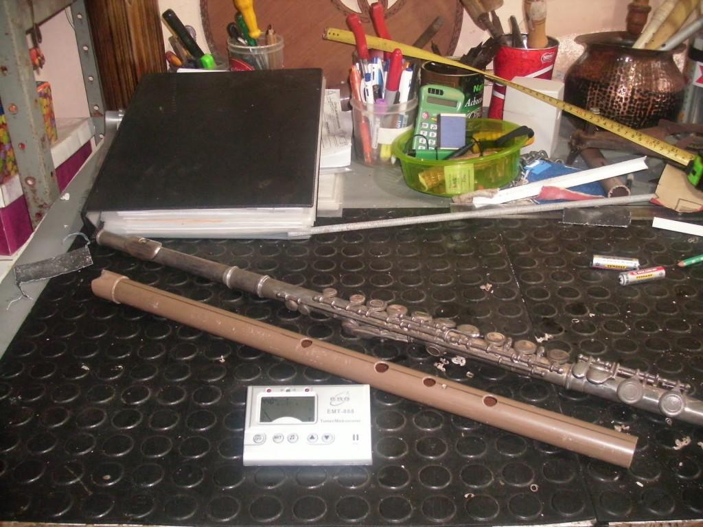 Instrumentos musicais de material reciclado 10