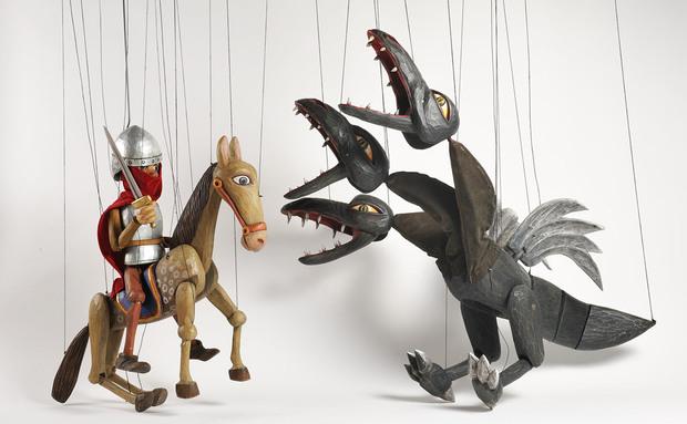 Brinquedos artesanais de madeira 17