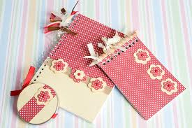Como customizar cadernos de forma criativa 01