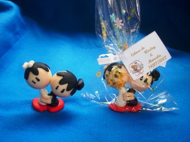 Lembranças de casamento em biscuit 05