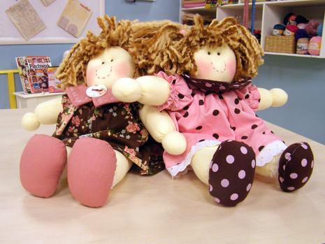 Como fazer boneca de pano 07