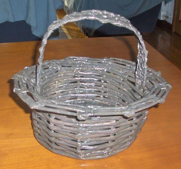 Como fazer cesto de jornal 04