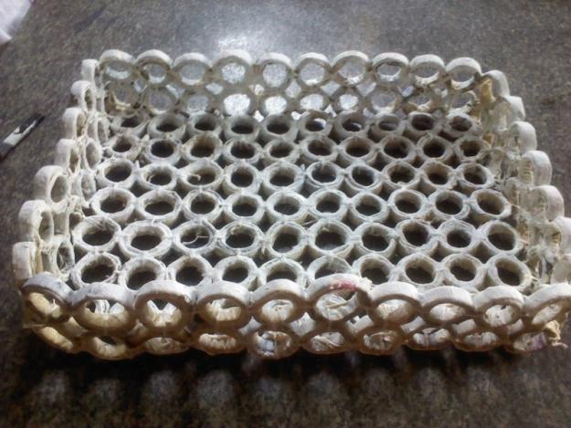 Como fazer cesto de jornal 10