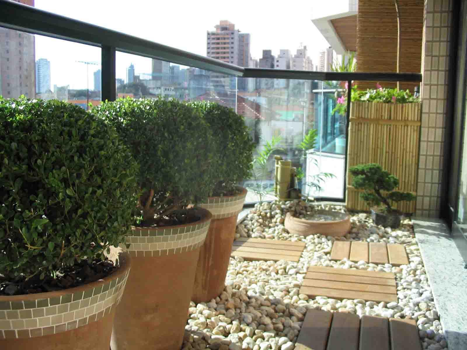Jardins decorados com pedras 08
