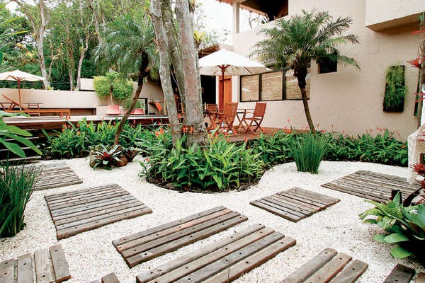 Jardins decorados com pedras 10