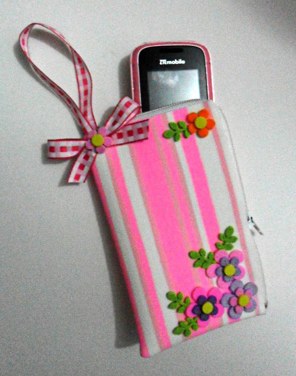 Bolsinha porta celular 02