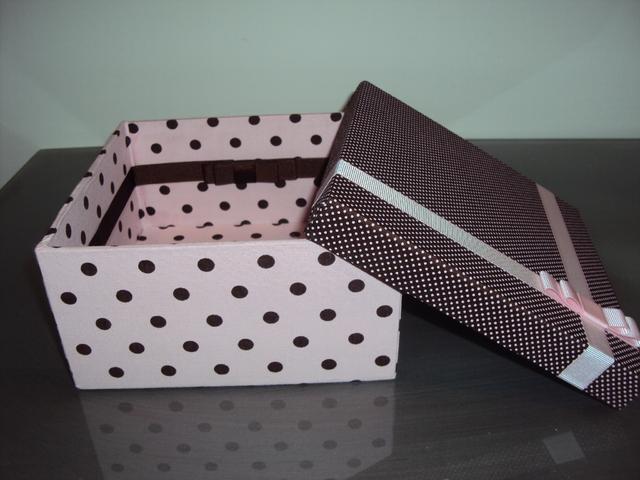 Caixa de presente forrada com tecido 13