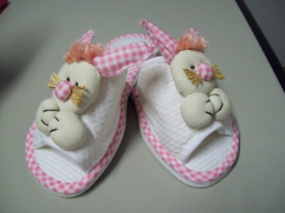 Chinelas customizados 011