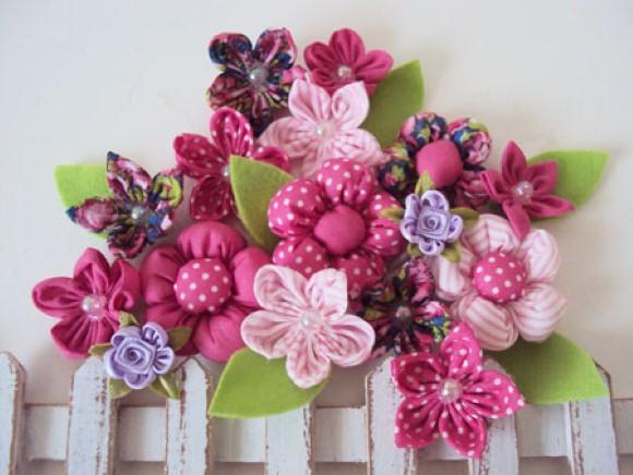 Como fazer flores de fuxico 02 (Custom)