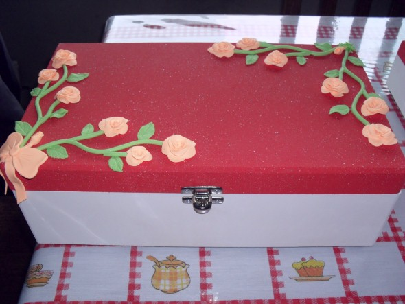 Caixas de MDF enfeitadas com biscuit 02