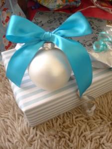 Laços de fita decorativos para o Natal 001