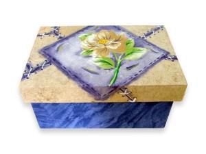 Caixa de MDF decorada com decoupage 001