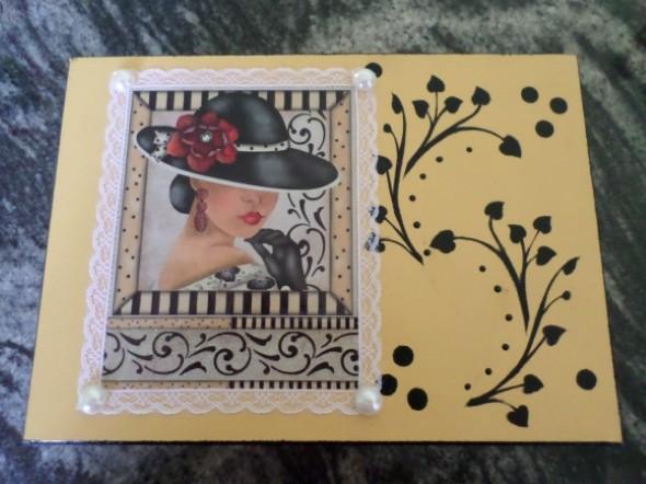 Caixa de MDF decorada com decoupage 009