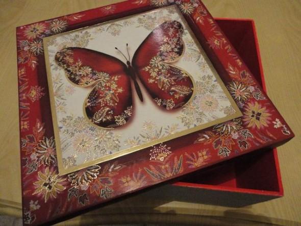 Caixa de MDF decorada com decoupage 011