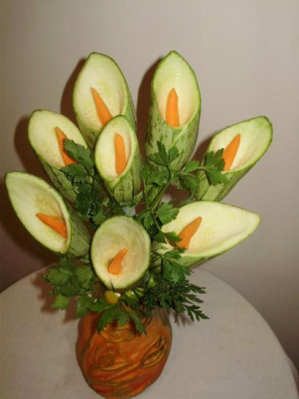 Esculturas em frutas para enfeitar sua mesa de natal 005