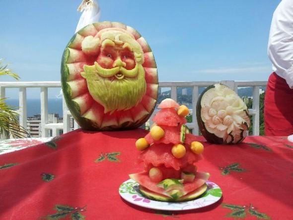 Esculturas em frutas para enfeitar sua mesa de natal 009