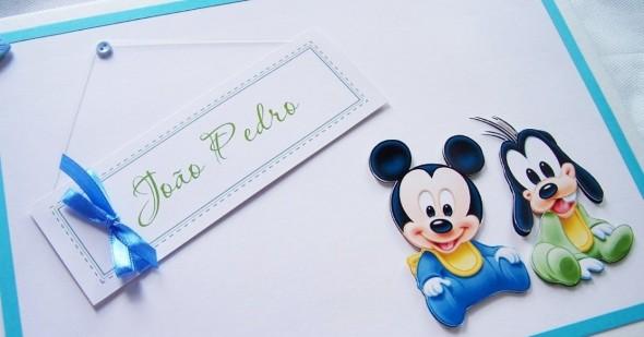 Álbum de fotos do bebê em Scrapbook 012