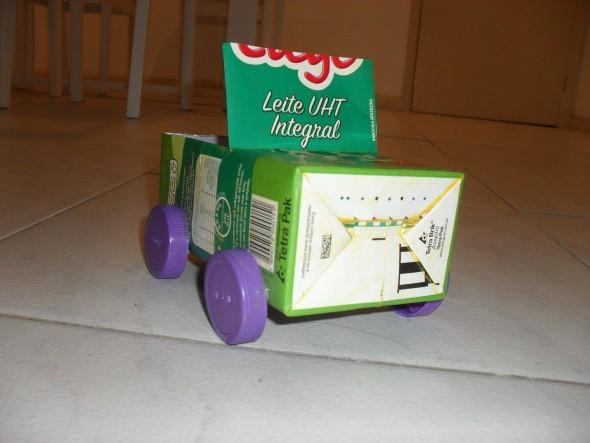 Carrinhos de caixa de leite 003