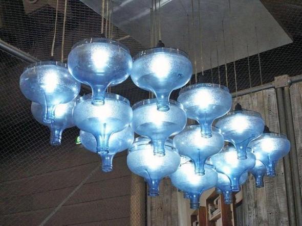 Artesanato com galões de água 012