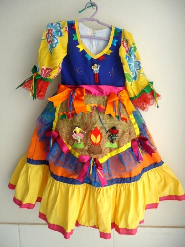 Customizar roupa para as Festas Juninas 001