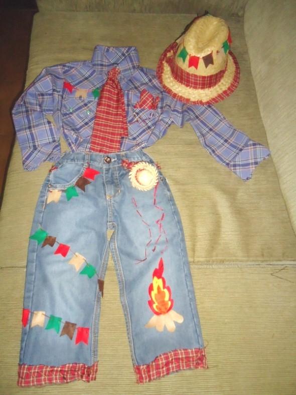 Customizar roupa para as Festas Juninas 004