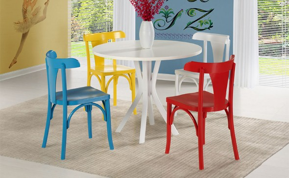 Artesanato com cadeiras antigas 011