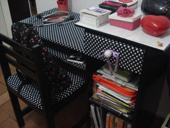 Como reformar móveis com tecido 004