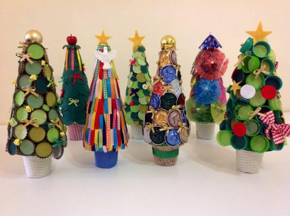 Árvore de Natal de material reciclado 007