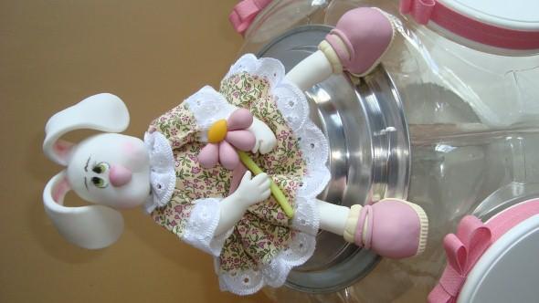 Coelhinhos da páscoa em biscuit 006