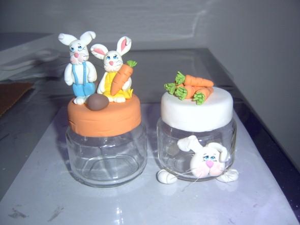 Coelhinhos da páscoa em biscuit 012