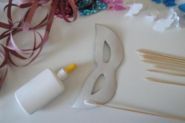 Como fazer mascara de carnaval 007
