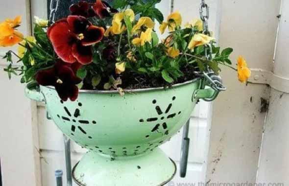 Reciclagem criativa para enfeitar o jardim  015