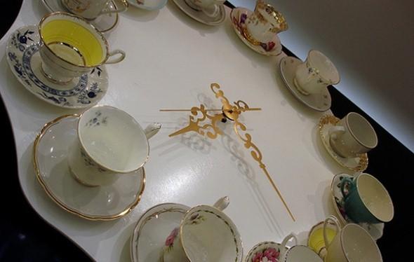 Artesanato com canecas de porcelana 009