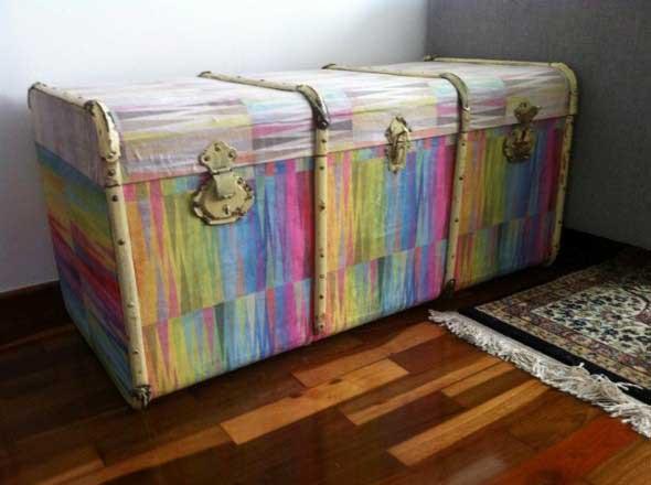 Artesanato com malas e baús antigos 001