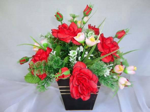 Como fazer arranjo de flores 006