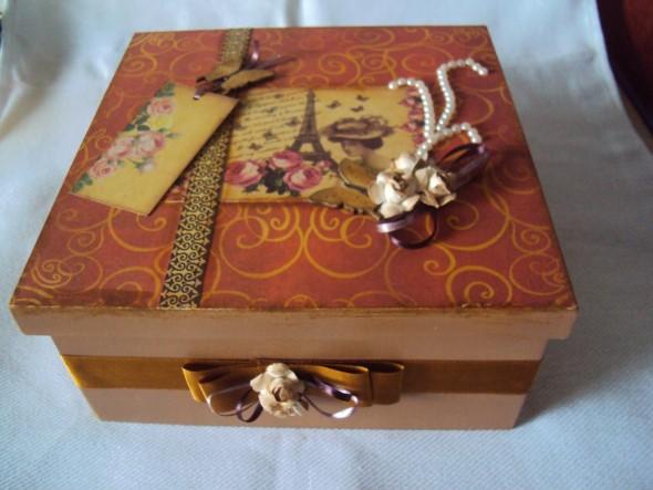 Como decorar caixas MDF com papel 006