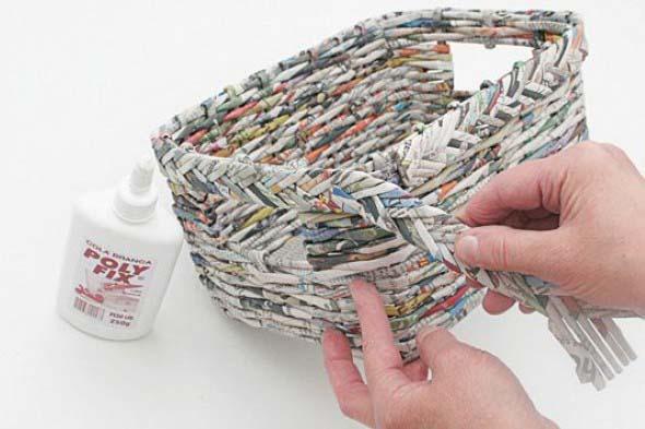 Jornais antigos – Como reciclar com artesanato 003