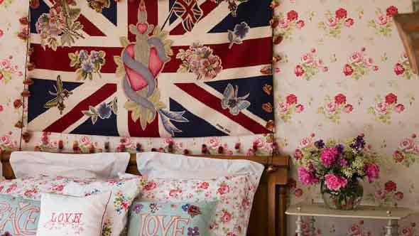 Como decorar as paredes do quarto com tecido 012