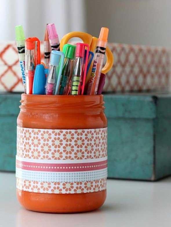 Porta-lápis com material reciclável 007