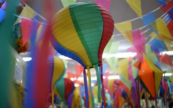 Aprenda a montar a decoração de Festa Junina 001