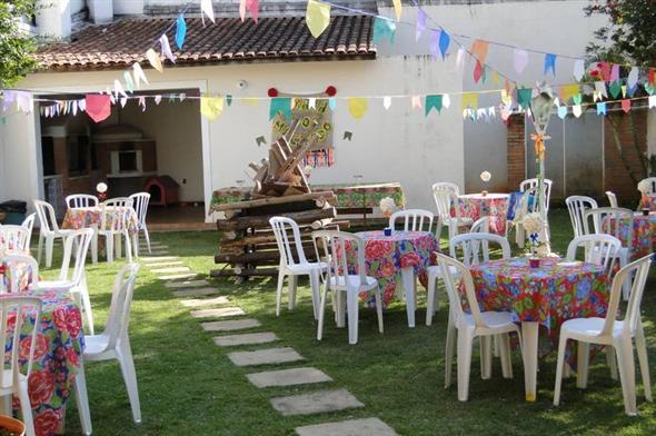 Aprenda a montar a decoração de Festa Junina 004