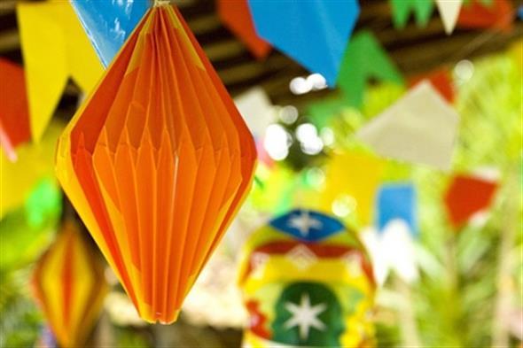 Aprenda a montar a decoração de Festa Junina 017