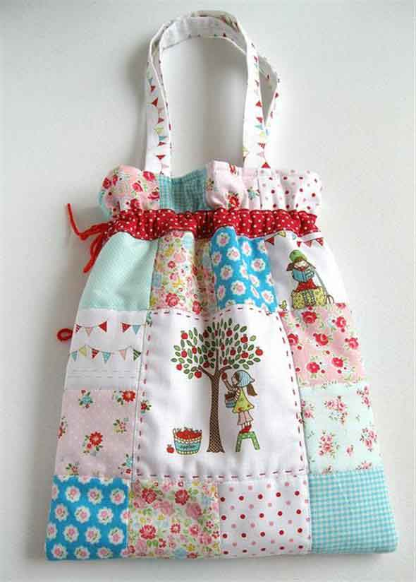 Bolsinha de tecido artesanal 003