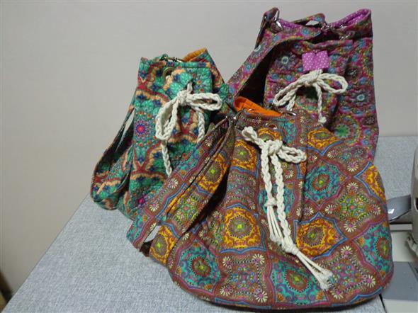 Bolsinha de tecido artesanal 009