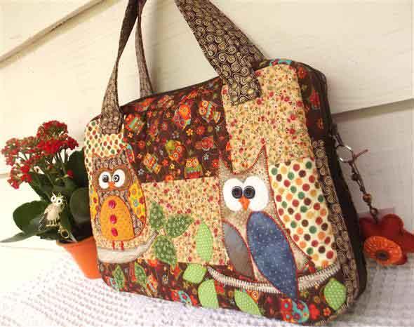 Bolsinha de tecido artesanal 011