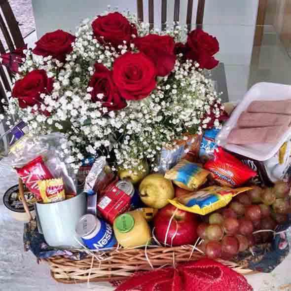 linda cesta de café da manhã 001