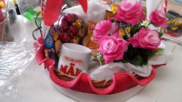 linda cesta de café da manhã 003