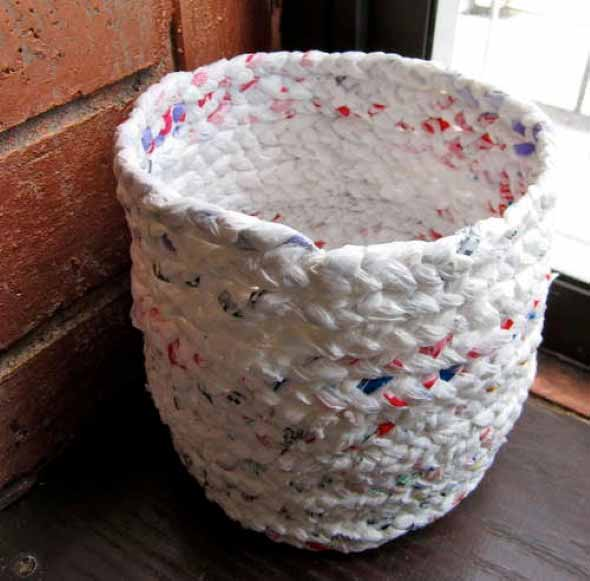recicle-sacolas-plasticas-com-dicas-de-artesanato-012