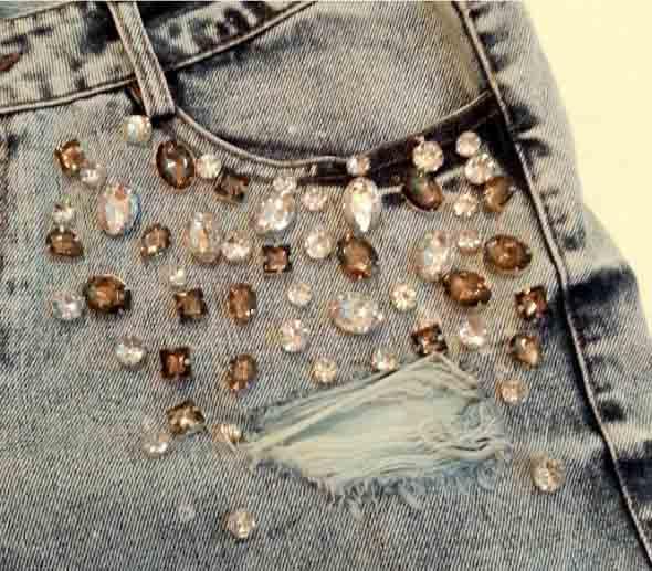 como-customizar-roupas-com-pedrarias-002